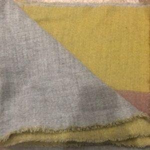 Zara reversal large blanket scarf